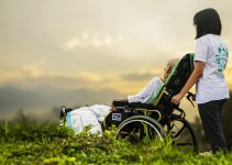 Best Reclining Wheelchair: Reviews and Buyer's Guide