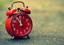 Best Alarm Clock for Seniors To Buy