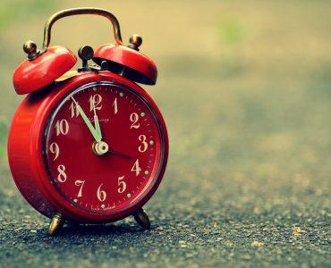 best alarm clock for seniors