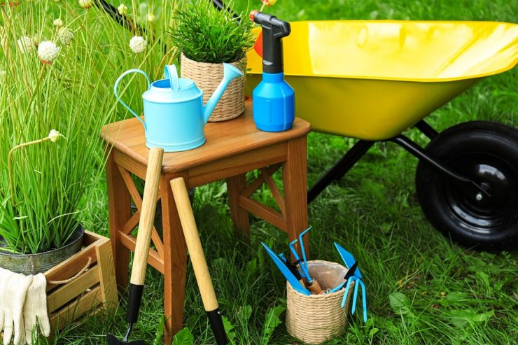 best gardening stool for seniors