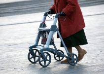 Best Walkers for Elderly