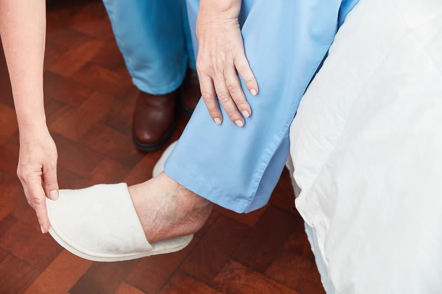 safe slippers for elderly