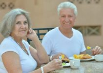 Best Senior Meal Delivery Services: Enjoy Your Meal At Home