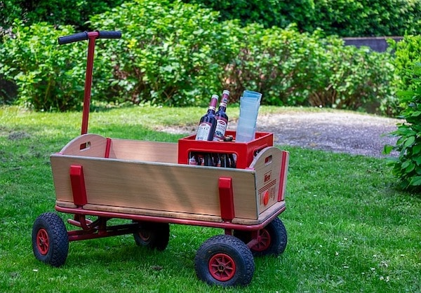 gardening cart for elderly