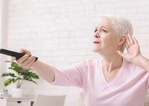 Best TV Speaker for Elderly Who Are Hearing Impaired